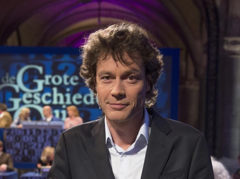 Presentator Joost Karhof bij de Grote Geschiedenis Quiz ...