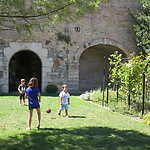 Children playing football in the museumgarden photo Annemarie de Wildt