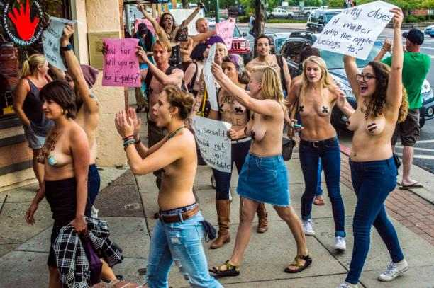 'Free the nipple' protest Northern Arizona University, 2 september 2016. Foto: Erin Twarogal